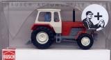 Traktor ZT-303 mit Bäuerin, rot